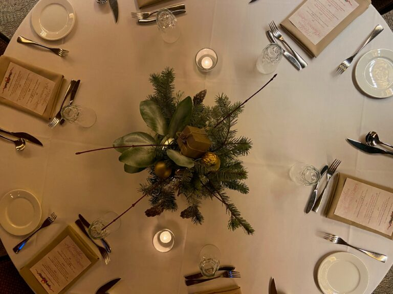 Sherry's Table Decor