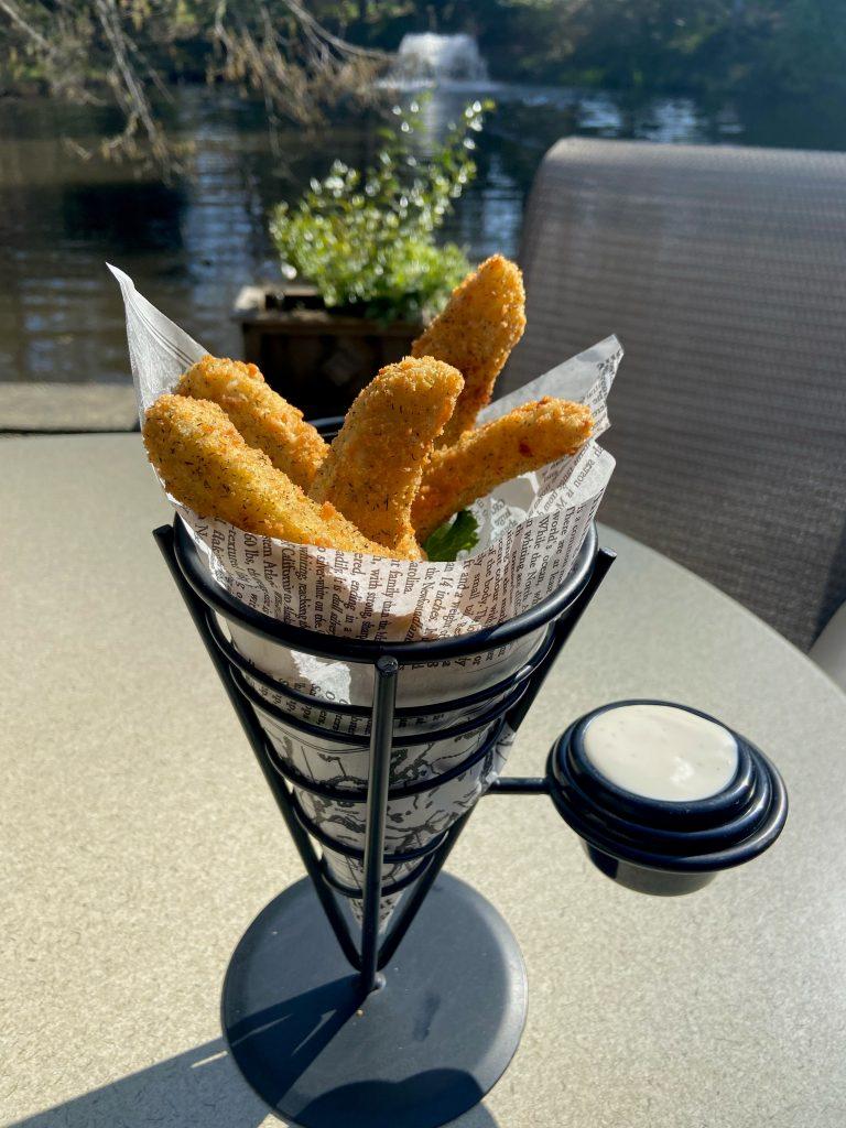 Deep fried pickles3